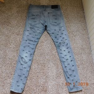 UPCYCLED DESTROYED DISTRESSED H&M&DENIM 31/32